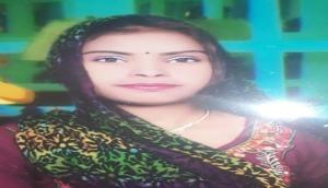 Pak में हिंदू लड़की के साथ बढ़ा दुर्रव्यवहार, एक और का अपहरण कर कराया धर्म परिवर्तन