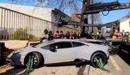 पलक झपकते ही कबाड़ा हो गई सवा दो करोड़ की लेम्बोर्गिनी कार, देखें वीडियो