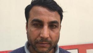 कश्मीर: सुरक्षाबलों के हाथ लगी बड़ी कामयाबी, जैश-ए-मोहम्मद का मोस्ट वांटेड आतंकवादी गिरफ्तार