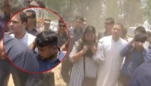 Wayanad: Rahul Gandhi, Priyanka Gandhi helps 3 Journalists injured in roadshow