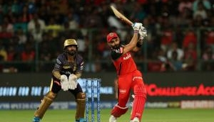 Virat Kohli and AB de Villiers light up the show for RCB fans as they put up 205-3 in 20 overs