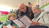 पोते को पढ़ाते-पढ़ाते दादी की खुली किस्मत, किताब में मिला ऐसा खजाना जिससे रातों-रात बनी करोड़पति
