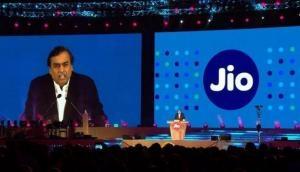 Jio पर है 76 हजार करोड़ से ज्यादा का कर्ज, अंबानी सॉफ्टबैंक को बेच सकते हैं हिस्सेदारी