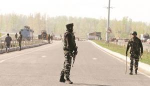 J&K Highway Ban: Mehbooba Mufti to approach court, Farooq Abdullah calls it 'dictatorship'