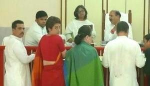 Rahul Gandhi files nomination from Amethi; Sonia Gandhi, Priyanka, Robert by his side