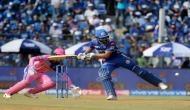 IPL 2019 : रोहित शर्मा ने 'फुटबाल शॉट' खेलकर खुद को स्टंप आउट होने से बचाया, देखें वीडियो