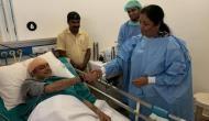 रक्षा मंत्री निर्मला सीतारमण ने पेश की मिसाल, कांग्रेस नेता शशि थरूर से मिलने पहुंचीं अस्पताल