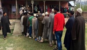 Lok Sabha 2019: Polling underway in Srinagar Parliamentary seat