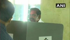 Lok Sabha 2019: Polling underway in Tamil Nadu, CM Palaniswami votes