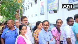 Lok Sabha Elections: दूसरे चरण के लिए मतदान जारी, 12 राज्यों की 95 सीट पर डाले जा रहे हैं वोट