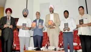 Book on Jallianwala Bagh poem Khooni Vaisakhi released in UAE