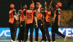 IPL 2021: जाने सनराइजर्स हैदराबाद ने किन खिलाड़ियों को किया रिटेन और किसे किया रिलीज, देखें पूरी लिस्ट