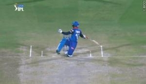 Watch: Rishabh Pant's one handed falling pull shot is something Rohit Sharma can't do
