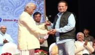 सलमान खान के पिता सलीम खान को मिला ये प्रसिद्ध पुरस्कार, मोहन भागवत ने दिया सम्मान