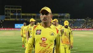धोनी ने नहीं दिया था 33 मैचों तक मौका, अब तीन अर्धशतक ठोक बना 'नंबर एक बल्लेबाज'
