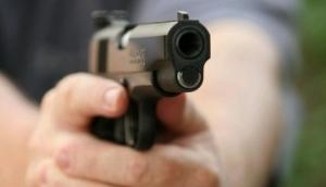 Elder brother shot at his own sister over her affair; UP police come to rescue her