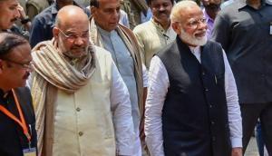 चुनाव आयोग ने पीएम मोदी और अमित शाह को दी क्लीन चिट, राहुल गांधी को भी मिली राहत