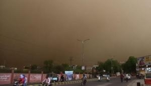 Cyclone 'Fani' may cause thunderstorm in Agra, Administration issues warning