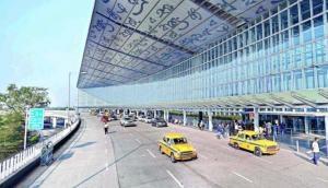 Cyclone Fani: Kolkata Airport to be closed today, Bhubaneshwar flights cancelled