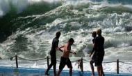 ओडिशा में 'फानी' तूफान के प्रहार से सहमे लोग,  हवा की तेज रफ्तार ने ली अबतक 6 लोगों की जान