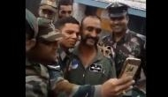 IAF पायलट अभिनंदन पाकिस्तान से लौटकर आए थे हिंदुस्तान, अब ये वीडियो हो रहा है Viral