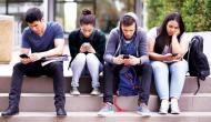 घंटों मोबाइल और कम्प्यूटर का इस्तेमाल करने से हो सकती है आपको ये खतरनाक बीमारी