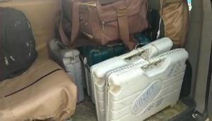 बिहार: होटल से 6 EVM और VVPAT बरामद, सेक्टर मजिस्ट्रेट को नोटिस देकर मांगा जवाब