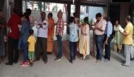 पश्चिम बंगाल में हिंसा के बीच मतदान शुरु, BJP के दो और TMC के एक कार्यकर्ता की हत्या