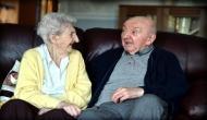 मदर्स डे 2019: मिलिए दुनिया के सबसे बुजुर्ग मां से, 100 साल की उम्र में 82 साल के बेटे की करती हैं देखभाल