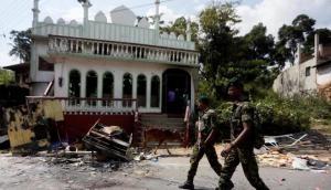 फेसबुक पोस्ट के बाद श्रीलंका में फिर मचा बवाल, मस्जिदों पर हमले के बाद लगा कर्फ्यू