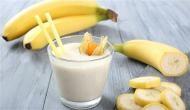 केला और दूध एक साथ खाना इन 3 लोगों के लिए है जहर, पढ़ें पूरी खबर