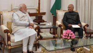 पीएम मोदी ने राष्ट्रपति को सौंपा अपना इस्तीफा, नई सरकार के गठन की कवायद शुरु
