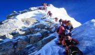 माउंट एवरेस्ट पर ट्राफिक जाम, 9 दिन में 11 पर्वतारोहियों की मौत,  तस्वीर देख डरी पूरी दुनिया