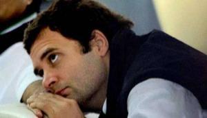 राहुल गांधी कांग्रेस अध्यक्ष छोड़ने पर अड़े, लेखिका ने लिए मजे- क्या फर्क पड़ता है, जाने दो न..