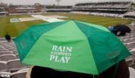 World Cup 2019: जब बारिश के कारण रुक जाता है मैच, तो ड्रेसिंग रूम में क्या करते है क्रिकेटर