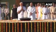 पीएम मोदी ने राष्ट्रपिता और अटल को किया नमन, नेशनल वॉर मेमोरियल में शहीदों को दी श्रद्धांजलि
