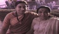 Smriti Irani helps Asha Bhosle amid post oath-taking ceremony