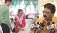 Video: BJP विधायक की गुंडागर्दी, मदद मांगने आई महिला को सड़क पर गिराकर लात-जूतों से पीटा