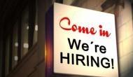 नौकरियों का हाल : इन सेक्टर में हुई ज्यादा हायरिंग कहां आयी गिरावट