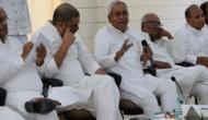 नीतीश कुमार का बड़ा ऐलान, कहा- अकेले लड़ेंगे चुनाव, बाहर NDA का हिस्सा नहीं