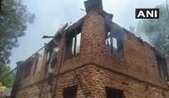 जम्मू-कश्मीर: मकान में छिपकर गोलीबारी कर रहे थे आतंकी, सेना ने बम लगाकर उड़ा दिया