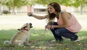 सिंगर ने पाला कुत्ता समझकर ऐसा जानवर, जिसकी सच्चाई जानकर डर से कांपने लगे लोग