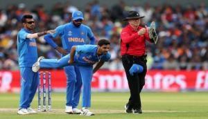 Big blow to India during Pakistan clash, Bhuveneshwar Kumar injured and ruled out