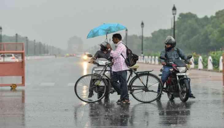 Delhi likely to witness light rain, cloudy sky today ...