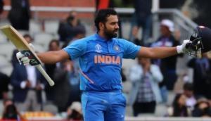 Pakistani journalist asks Rohit Sharma to give advice to Pakistani batsmen; 'Hitman's reply is funny