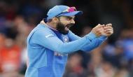 INDvPAK: पाकिस्तानी टीम के कप्तान का कोहली ने उड़ाया मजाक! वीडियो हुआ वायरल