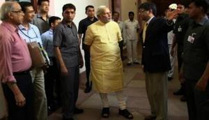मोदी सरकार का बड़ा एक्शन, वित्त मंत्रालय के 15 भ्रष्ट अधिकारियों को जबरन दिया रिटायरमेंट
