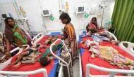 Bhojpuri actor Khesari Yadav ,Khesari Yadav ,Nitish Kumar ,Bihar,चमकी बुखार,अस्पताल पहुंचा,एक्टर,मासूम,परवाह,सेल्फी,लोग,Video