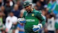 Watch: Pakistan captain Sarfaraz Ahmed faces verbal abuse on field after India loss
