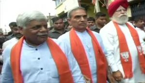 WB: BJP delegation reaches Bhatpara to review situation in violent-hit area